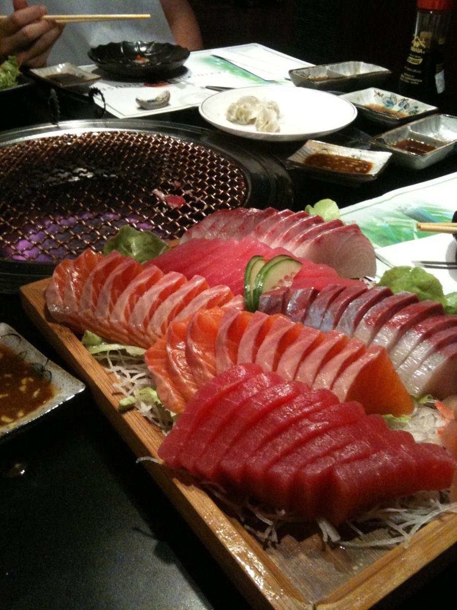 The best sydney japanese yakiniku buffet places le geekskin for Sideboard sydney 03